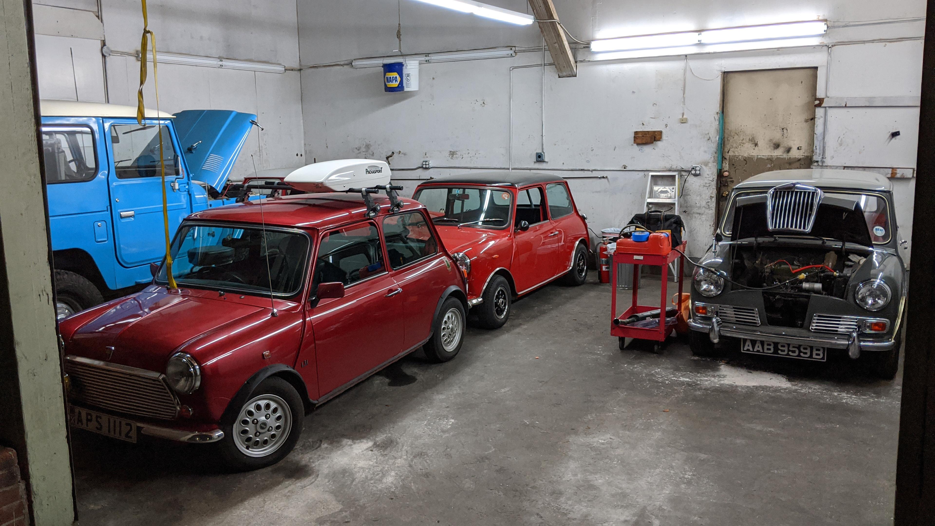 garage-minis